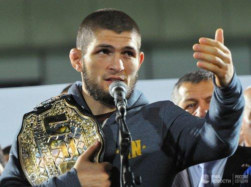 Российский боец MMA Хабиб Нурмагомедов рассказал, что его следующим соперником в рамках Абсолютного бойцовского чемпионата (UFC) должен стать американец Тони Фергюсон.