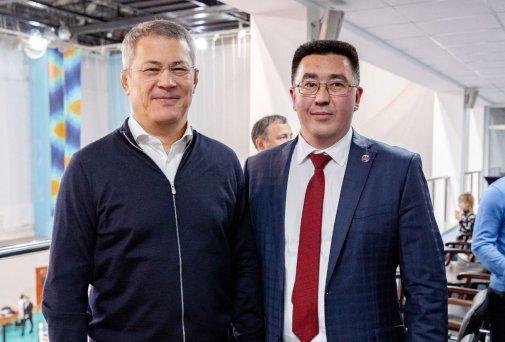 Глава РБ Хабиров Р.Ф и президент Федерации СБЕ (ММА) РБ Зарипов Р.Б.